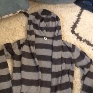 Sweaters - Cozy GAP cotton hooded waterfall sweater!